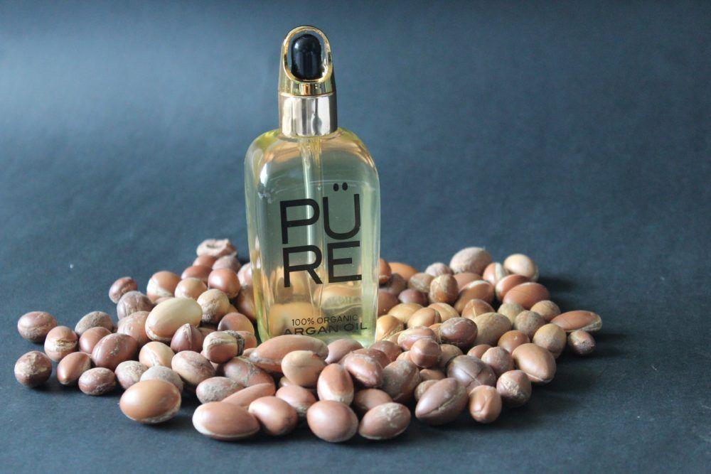 Argan Oil with Argan nuts